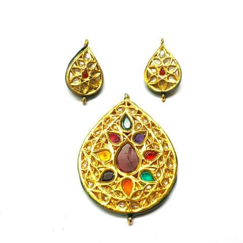 Kundan Pendant Set, Pendant - 2.75 inches, Earrings - 1.5 inches