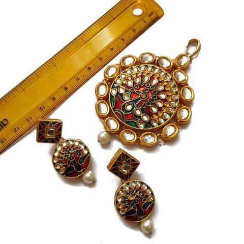 4 inches pendant, 2 inches earring, Kundan Meenakari Pendant Set