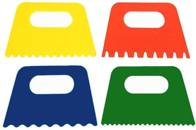 Plastic Paint scrapers for Water, Oil and Other Types of Painting (Pack of 4 Pcs)