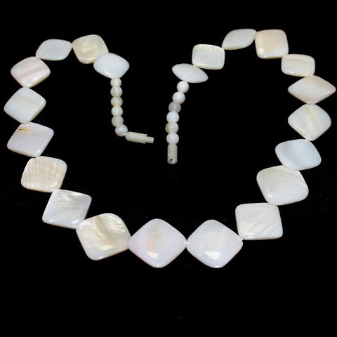 Shell Beads Mix White