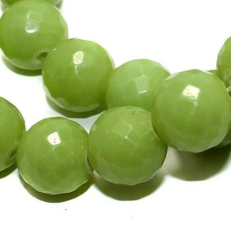 25+ Faceted Glass Round Beads Peridot 16mm