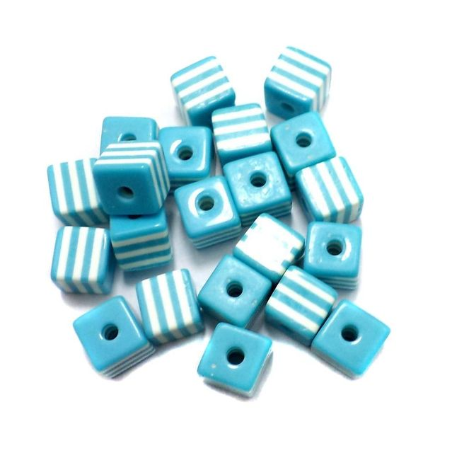 50 Acrylic Polymer Beads Cube Turquoise 9 mm