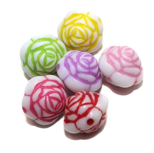 40 Acrylic Rose Flower Beads Assorted 16mm