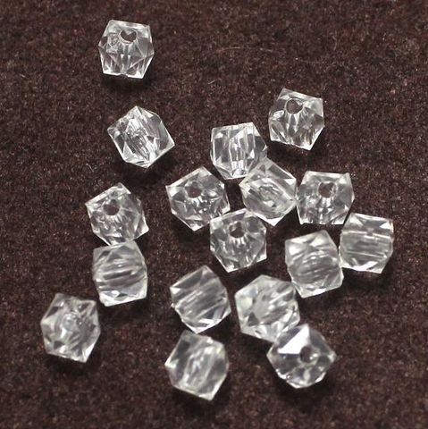 400 Acrylic Cube Beads Clear 4mm