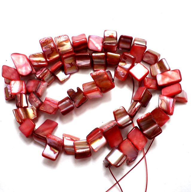 55+ Shell Beads Red 6-10mm