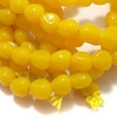 1 String Glass Tumbled Beads Yellow 10 mm