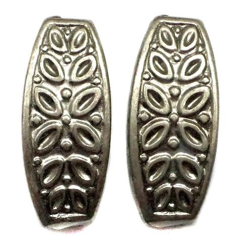 20 CC Oval Beads Silver Finish 30x15 mm