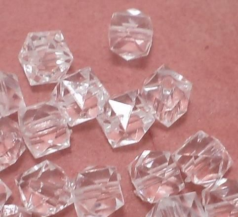 200 Pcs. Acrylic Faceted Crystal Cube Beads Trans White 8mm