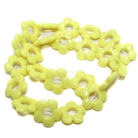 40+ Acrylic Flower Beads Yellow 18mm