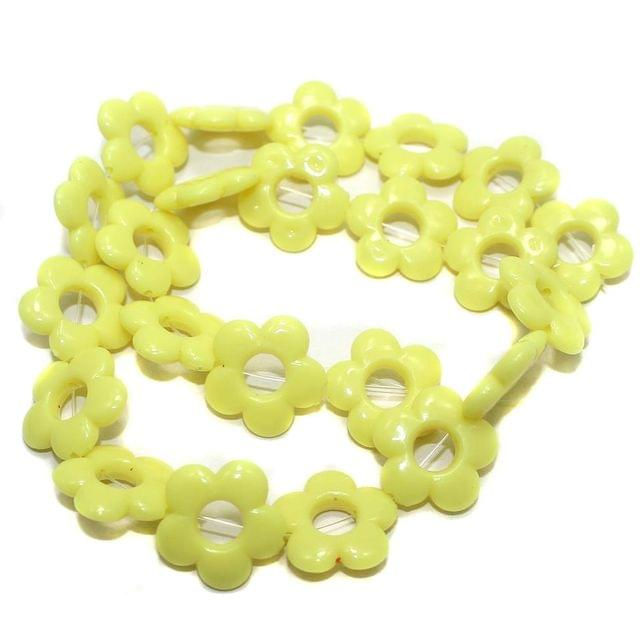40+ Acrylic Flower Beads Yellow 18mm