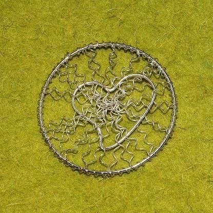 Wire Mesh Heart Beads Golden 60mm
