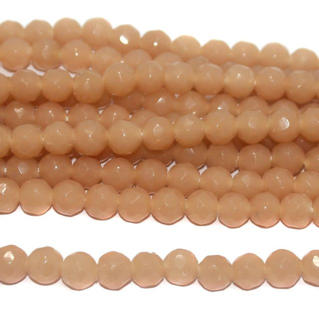 40+ Faceted Glass Round Beads Peach 8 mm