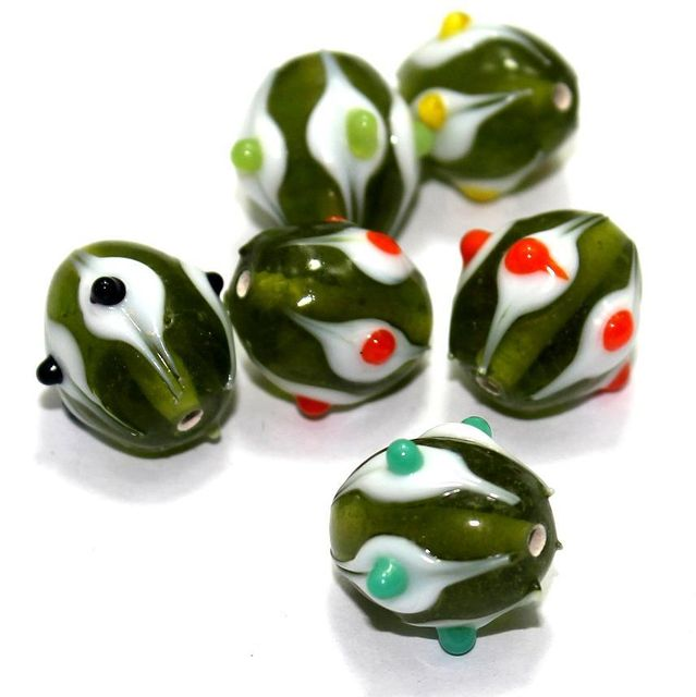 20 Bump Dotted Oval Beads Green 18x14mm