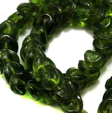 5 strings of Twisty Glass Beads Green 12mm