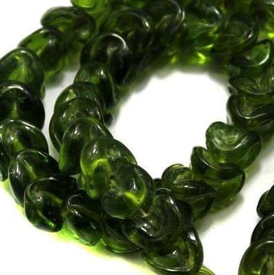 5 strings of Twisty Glass Beads Green 12mm