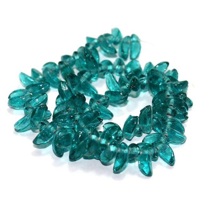 5 Strings Glass Leaf Beads Teal 12x6mm