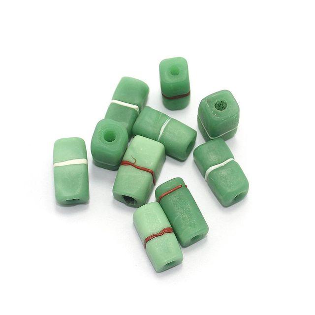 50+ Plain Square Beads Green 22x12mm