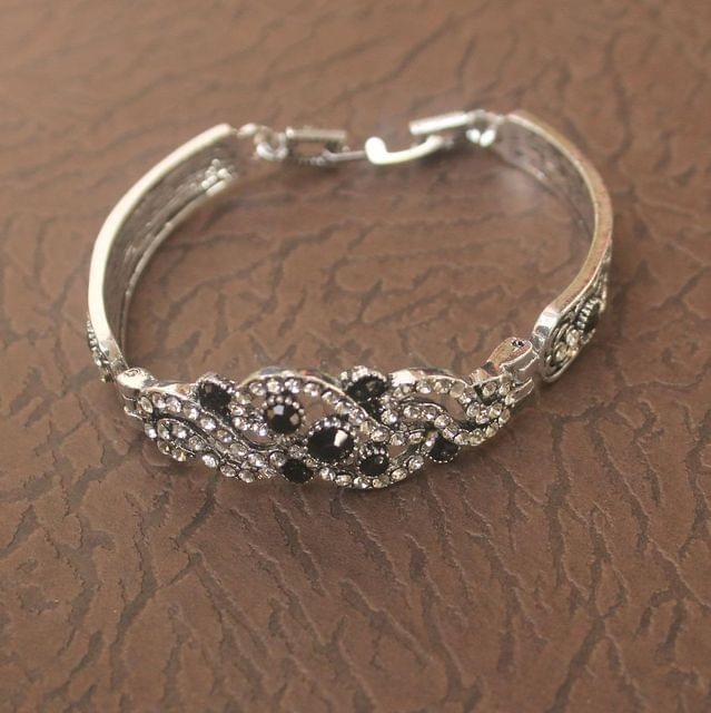 German Silver Tready Stone Bracelet Black