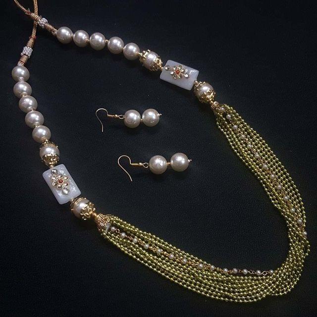 Green Beaded Kundan Work Kantha Necklace Set For Girls With Adjustable Dori