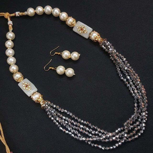 White Beaded Kundan Work Kantha Necklace For Girls With Adjustable Dori