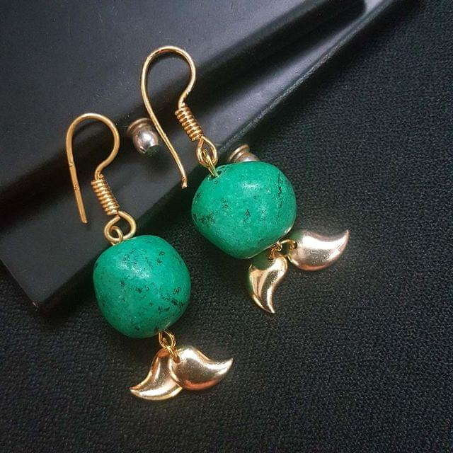 Fancy Green Unshaped Earrings For Girls / Women