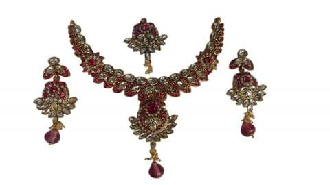 Pink Kundan Jewellry Set Mangtikka earrings Copper Metal