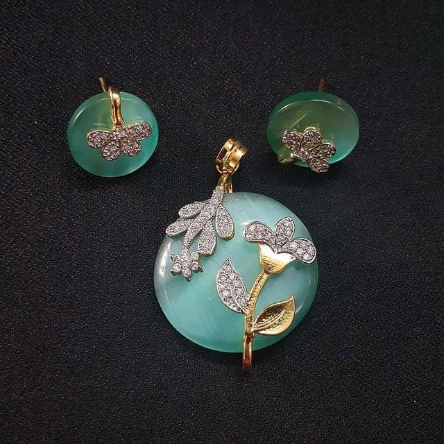 Sea Green AD Pendant By KTC, Pendant - 1.75 Inch, Earring - 0.75 Inch