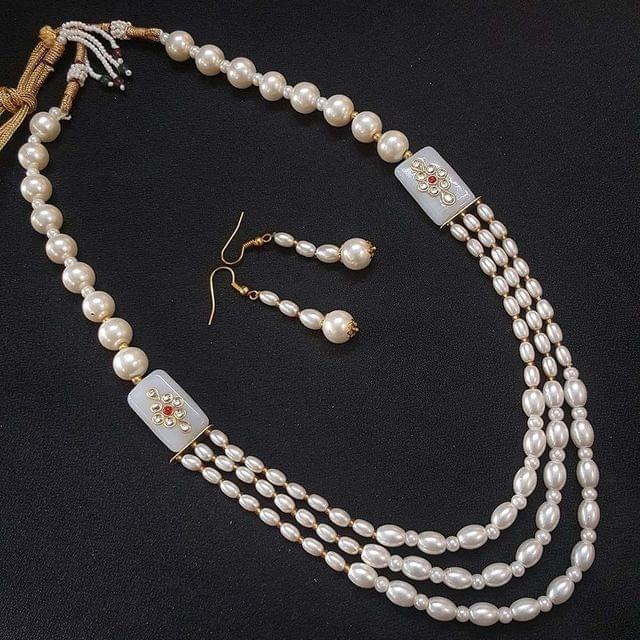 White Beaded With Kundan Work Kantha Necklace For Girls With Adjustable Dori