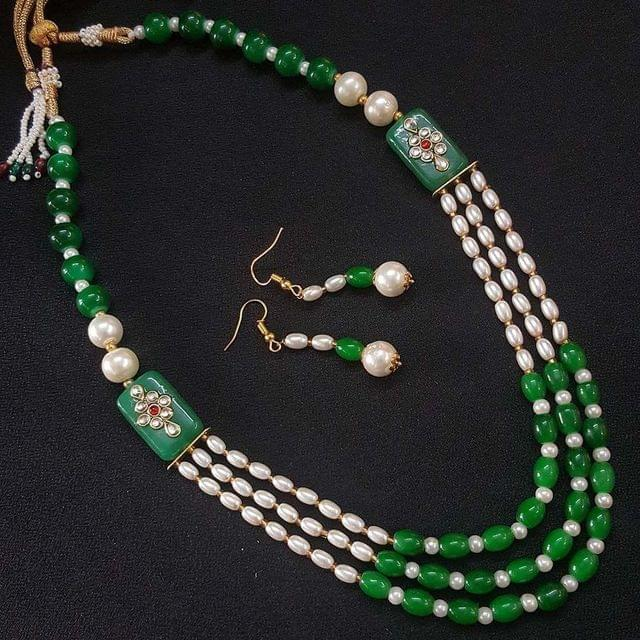 Green Beaded With Kundan Work Kantha Necklace For Girls With Adjustable Dori