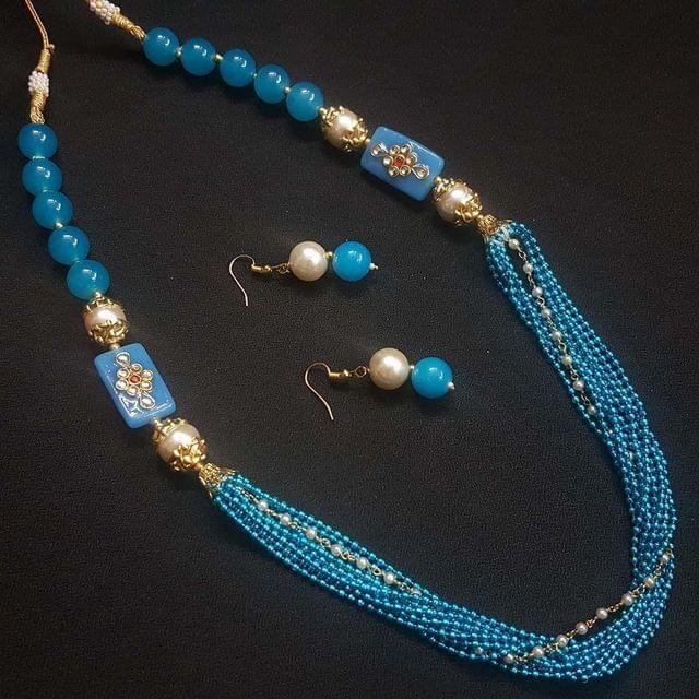 Blue Beaded Kundan Work Kantha Necklace Set For Girls With Adjustable Dori