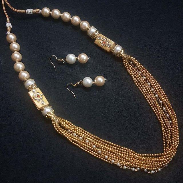 Golden Beaded Kundan Work Kantha Necklace Set For Girls With Adjustable Dori