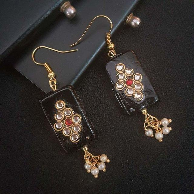 Black Kundan Work With Pearl Beading Earrings For Girls / Women