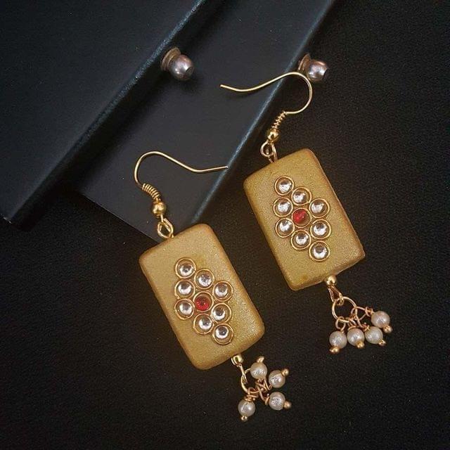 Golden Kundan Work With Pearl Beading Earrings For Girls / Women