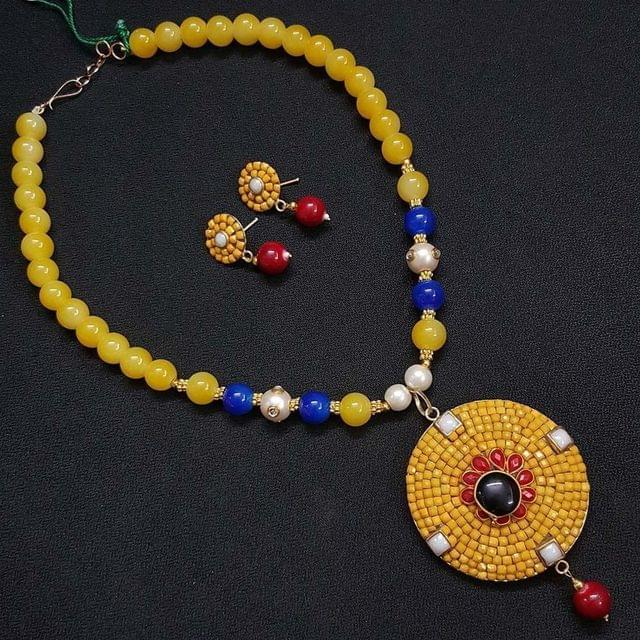Multi Beaded Neacklace With Earrings For Girls / Women