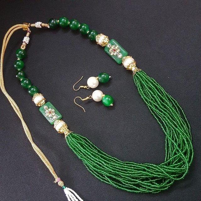 Green Rajasthani Kantha Necklace With Adjustable Dori
