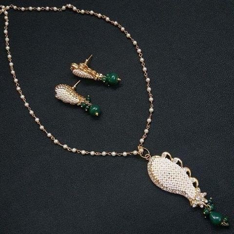 Designer Green Motti Jaal Puwai Necklace With Earrings For Girls / Women