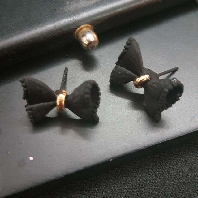 Exclusive Black Bow Stud Small Earrings