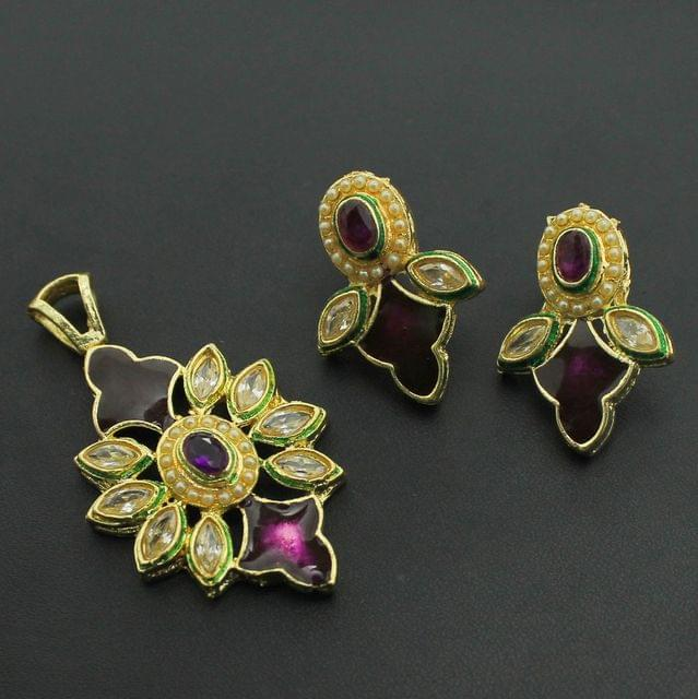 Purple Kundan Pendant and Earrings Set, Size-5x3cm