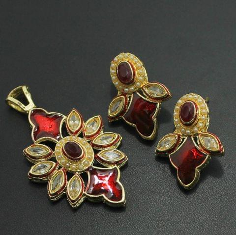 Red Kundan Pendant and Earrings Set, Size-5x3cm