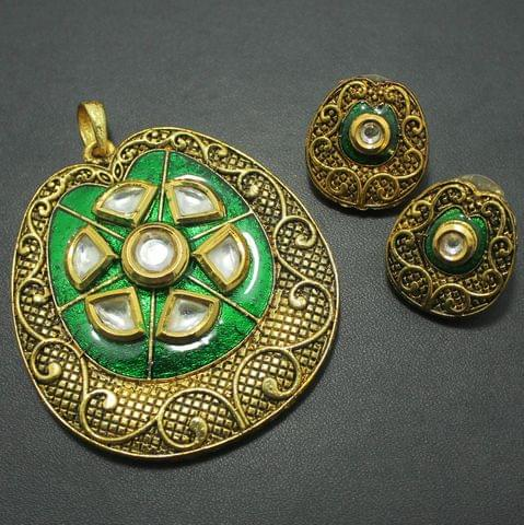 Kundan Pendant and Earring Set, Size-5.5x5cm