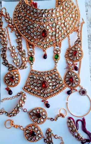 Indian-Maroon Green -wedding-bridal-gold-tone-jewelry-set-earrings-costume-indian-bollywood.8 Pce  Bridal set