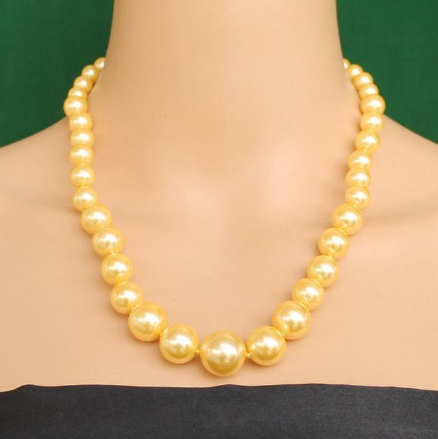 Graduated Shell Pearl Beads Necklace Yellow