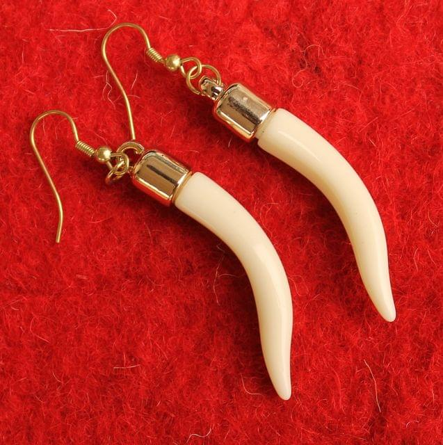 Light Weight Dangler Earrings Off White