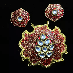 Meroon Color High Quality Kundan Pendant With Meenakari Work