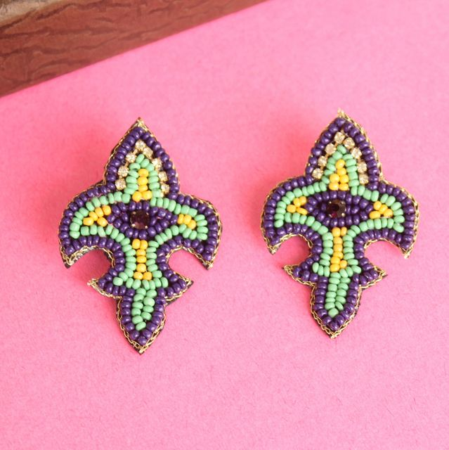 Fleurdelise Purple earrings