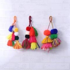 30 Pieces Assorted Color Pom Poms Fluffy Balls Embellishment for Clothing