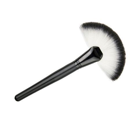 Pro Slim Fan Brush Makeup Blush Face Contour Foundation Cosmetic Beauty Tool