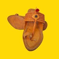 6 Braid Pointed Men's Kolhapuri Chappal